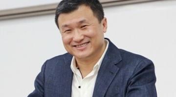 Dr. Li Lu